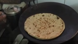 How To Make Mooli Paratha - Tips On Making Mooli Paratha - Stuffed Indian Bread