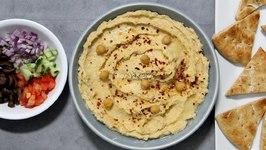 Homemade Classic Hummus