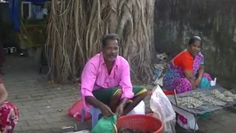 Fish Market Cherai Beach Kerala - Street Market Selling Fresh Fish