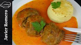 Carrilleras con salsa picante y puré de patata casero