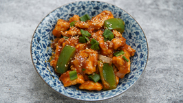 Honey Chilli Chicken Recipe - Restaurant Style Honey Chilli Chicken - Easy Chicken Starter - Tarika