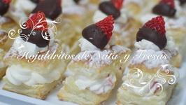 Hojaldres Rellenos de Nata con Fresas  Hojaldres de Nata  Hojaldre Relleno de Nata  San Valentin