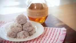 How To Make Kentucky Derby Bourbon Balls