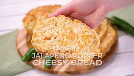 Bacon Jalapeno Popper Cheesy Bread