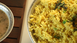 Hyderabadi Khichdi - Hyderabadi Khatta Recipe - Masala Trails With Smita Deo