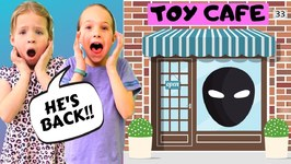 The Toy Master Comes to Toy Cafe