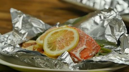 Lemon-Garlic Salmon Foil Pack With Green Beans And New Potatoes