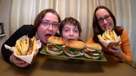 Best Cheeseburgers And Sweet Potato Fries / Gay Family Mukbang - Eating Show