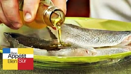 Filets de daurade à l'huile d'amande, chutney fruits et légumes