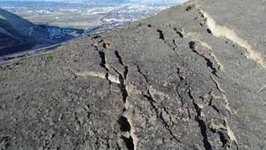 Cracks on Rattlesnake Ridge Prompt Evacuations in Yakima County, Washington