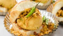 Vada Pav / How To Make Mumbai Street Style Batata Wada Pav At Home / Indian Street Food