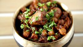 Amritsari Chole Chicken Recipe - Dhaba Style Chole Chicken - Murgh Chole Recipe - Smita