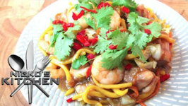 Hailam Chicken Noodles (Malaysian Cuisine)
