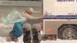 Man Dressed as Disney's Elsa Spots Boston Police Van Stuck in Snow - and Helps to Let It Go