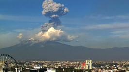 Extraordinary Video Shows Explosion at Popocatépetl Volcano