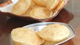 Locha Puris Or Pooris / Soft Mulayam Puris