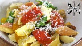 Easy Pasta Salad - 15 Minute Healthy Meal
