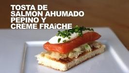 Tosta De Salmon Ahumado Con Pepino