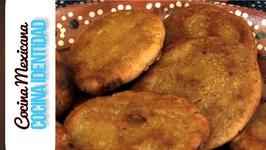 Antojitos Mexicanos- Cómo hacer Gorditas de Piloncillo? Receta Mexicana, Yuri de Gortari