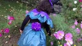 HALLOWEEN para niños. Disfraz de bruja con bolsas de basura.