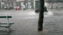 Massive Downpours Cause Flooding on Streets of Paris