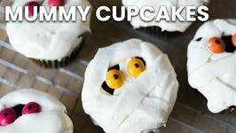 Mummy Cupcakes: Halloween Tips and Tricks