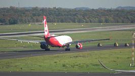 Air Berlin Pilots Pull Dramatic Take-Off Stunt for Last Long-Haul Flight