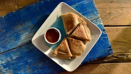Quick And Easy Breakfast / Leftover Chapati / Late Night Snack - Chapati Triangles