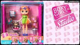 Boxy Girls Studio with Exclusive Boxy Girl Seven
