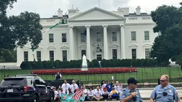 Activists March to White House in Support of DACA