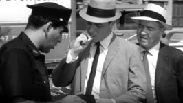 S02 E16 - Button in the Haystack - Naked City