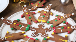 Gingerbread Cookies - Christmas Special - Nick Saraf's Foodlog