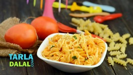 Pasta In Tomato Sauce (Tiffin Recipe)