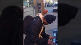 Talented Pianist Performs 'Carol of the Bells' Remix
