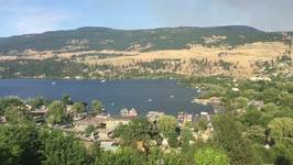 Planes Scoop Water From Lake in Fight to Control Okanagan Centre Blaze