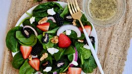 Mixed Berry Salad with Lemon Poppyseed Dressing