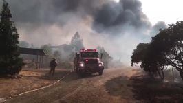 California's Detwiler Fire Destroys 45 Structures, Burns 70,000 Acres