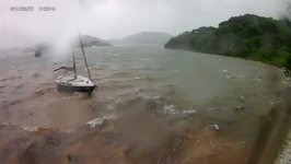 Yacht Runs Aground as Typhoon Hato Hits Hong Kong