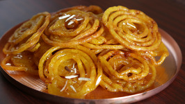 How To Make Jalebi / Holi Special Recipe / Jalebi Recipe / Divine Taste With Anushruti
