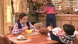 S02 E18 - I'm Hungry - Roseanne