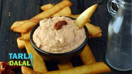 Pita Sticks With Sun Dried Tomato Hummus - Hindi