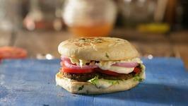 Leftover Chole Burger - How To Make Chole Burger