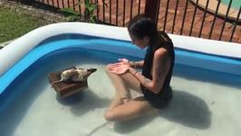 Cute Rat Performs Huge Jump While Having a Swim