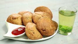 Khasta Matar Kachori Recipe - Green Peas Kachori - Halwai Style Kachori - Chai Diaries With Varun