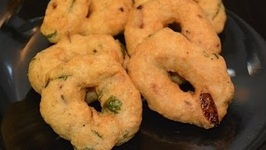 Medu Vada - Indian Donut - Yummy Crispy South Indian Snack