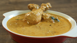 Chicken Masala Curry / Popular Chicken Main Course Recipe / Masala Trails