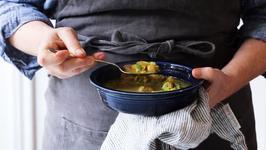 Lemon Chicken Chickpea Soup