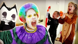 Crazy Clown Attack on Halloween - Freaky Monsters Scares Bendy Nerf Attack