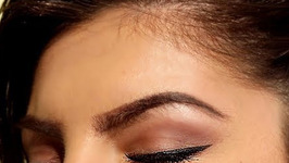 Everyday Eyeliner Tutorial - Eyeliner Trick