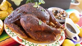 En Chile Rojo Turkey / Mexican Style Thanksgiving Roast Turkey